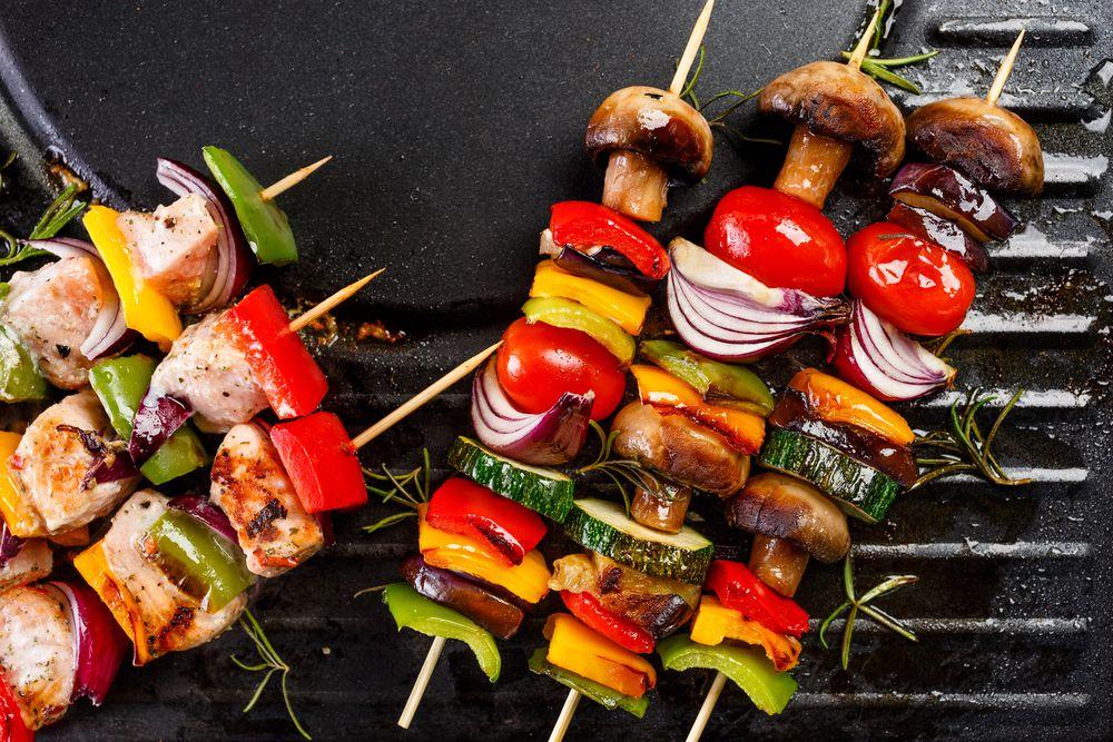 Um bom churrasco é uma dasmelhores maneiras de reunir familiares e amigos para um encontro informal. Seja em comemorações, em eventos especiais ou em um simples happy hour, é difícil…